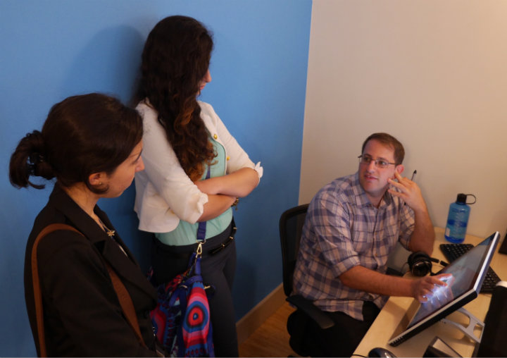 Alon Askarov explains animation to TechGirls Ghada and Nataly